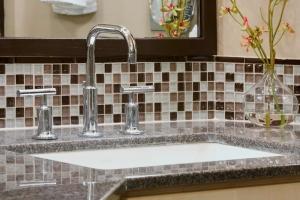 BathroomDesign_Wess_MasterBath_Tile.jpg