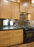 KitchenDesign_Wess_KitchenStoveCabinets.jpg