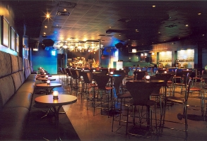 RestaurantDesign_DEEP Lounge- stage.jpg